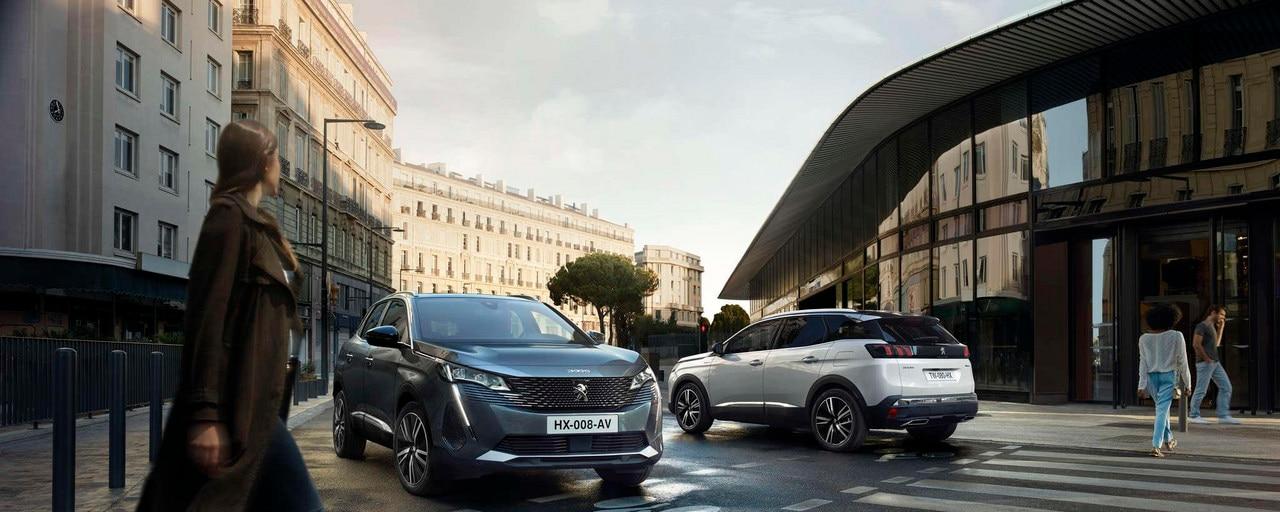 Nuevo SUV PEUGEOT 3008 – 3008 y 3008 HYBRID en la ciudad