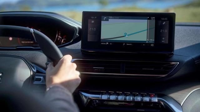 Nuevo SUV PEUGEOT 5008, nueva pantalla central táctil HD de 10pulgadas
